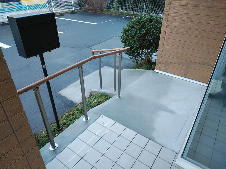 【桜川市】事務所スロープ、手すり施工