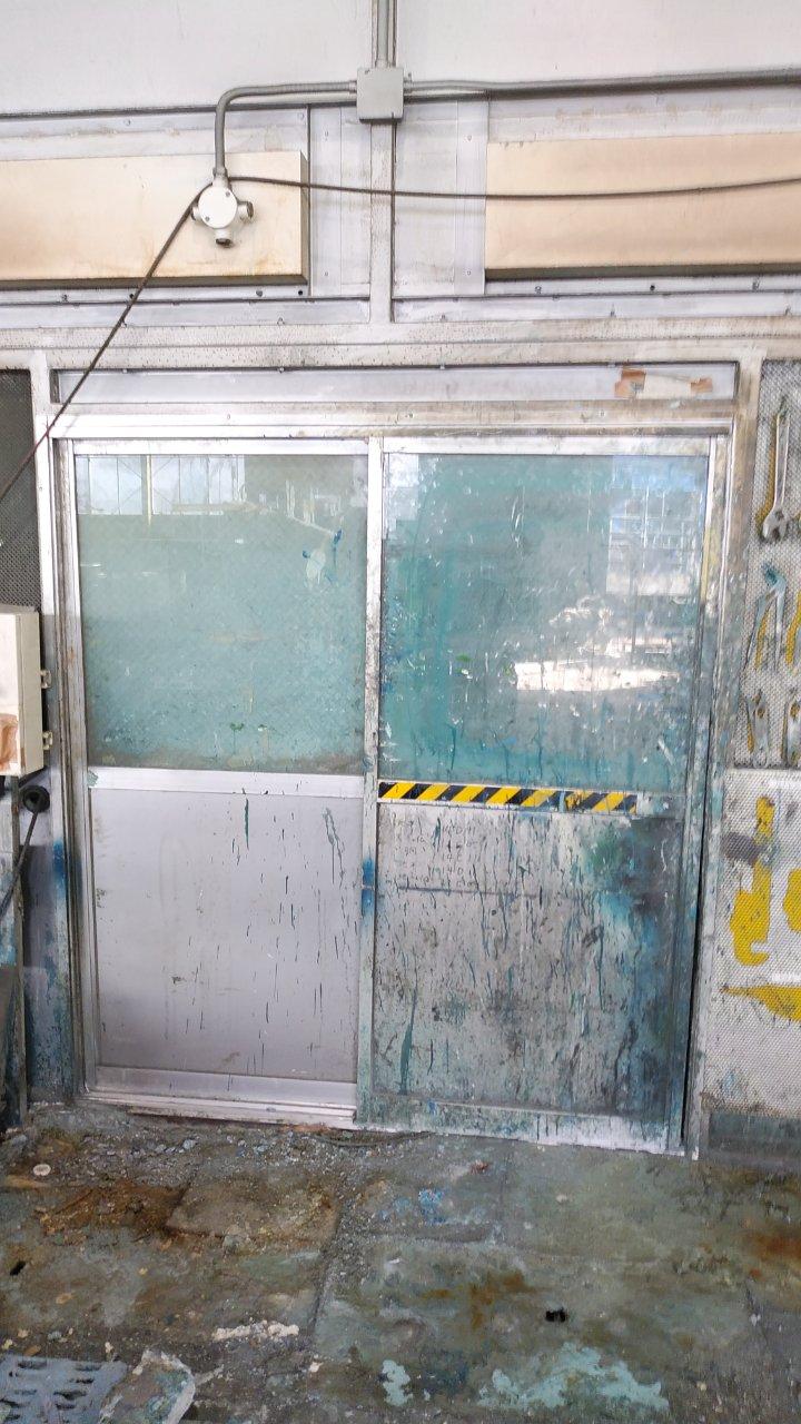 【桜川市】工場ハンガードア修繕